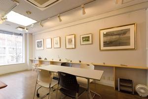 レンタルアートゾーンKomore-bi : ギャラリー兼多目的スペースの会場写真