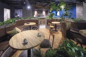 設計士とインテリアコーディネータ-が設計!!住宅ショールームとおしゃれな打ち合わせスペース!の写真