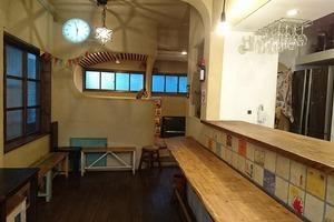 716cafe(なないろカフェ) : 高円寺にある可愛い内装のカフェ「716cafe(なないろカフェ)」の会場写真
