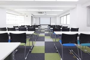 みんなの会議室 代々木第1 : 貸し会議室、セミナー会場の会場写真