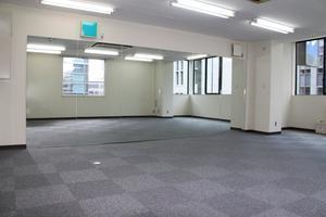レンタルダンススタジオ本町 : ヨガスタジオの会場写真