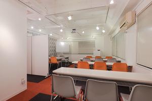 HaloHalo 新富町ホール  : デザイナーズ・セミナールームの会場写真