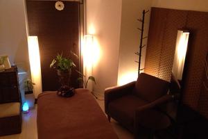 高級感ある7畳ワンルーム貸切スペースです。アロマ・エステに。の写真