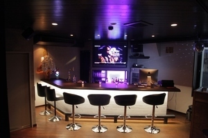 HEROBAR OSAKA(ヒロバ大阪) : DJ&キッチン付きレンタルバーの会場写真