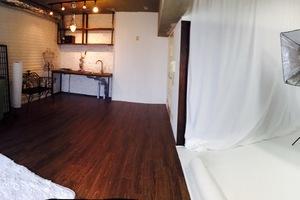 キッチン、バス付き 完全貸切なのでゆっくりと撮影やミーティングやお茶会等が出来る多目的スペースです。の写真