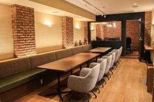 内幸町 貸会議室 & カフェ LOGI CAFE : 婚活パーティー用 レンタルスペースの会場写真