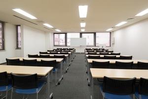 リファレンス 小倉魚町貸会議室 : 会議室406 1部の会場写真