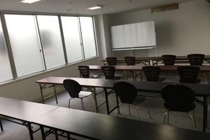 三笠オフィス : B会議室、教室の会場写真