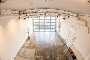 イセッタスタジオ : 板橋区・ISETTA STUDIO・33㎡・photostudio&gallery・コンクリート床の会場写真