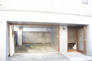 神宮前レンタルスペース 6‐15‐10 : ガレージスペースの会場写真