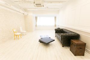 BELLE EPOQUE : Aスタジオの会場写真