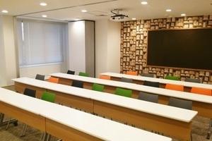 【渋谷駅徒歩3分】セミナースペースBR : 大会議室の会場写真