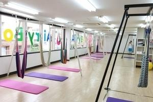 柏駅徒歩3分!!10人まで利用可能なトレーニング・ヨガスタジオの写真