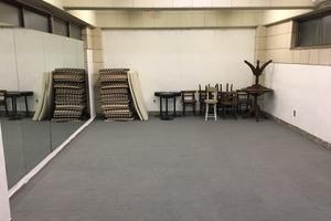 【西荻窪格安スタジオ】地下にあるレトロな落ち着いた多目的スペースの写真