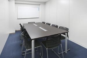 貸会議室ROOMs(ルームス)錦糸町店 : 第2会議室の会場写真