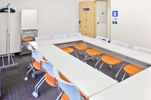 銀座ホール【加瀬会議室】 : 小会議室の会場写真
