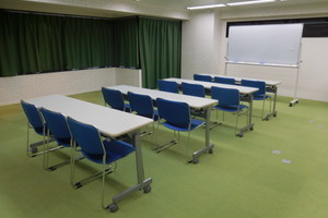 日本橋ホール【加瀬会議室】 : 多目的ホールの会場写真
