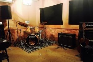 プロミュージシャン御用達!本格的な防音スタジオを3部屋ご用意致しました!の写真