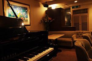 銀座のピアノラウンジ 小さなコンサートやサロンに最適の写真