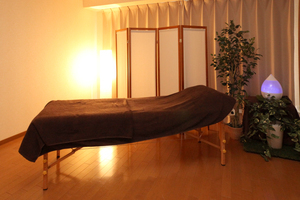 【LaQoo】南森町プライベートサロン : Room07 完全個室プライベートサロンの会場写真