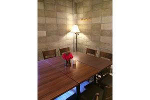 上野駅近くキッチン付きレンタルスペース「ビストロ LOVERSION」 : レンタルキッチンの会場写真