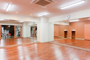 市川駅 フィットネススタジオ 綺麗 ☆長時間利用可能☆の写真