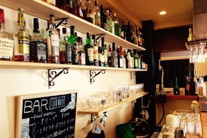 恵比寿駅徒歩2分!おしゃれなカフェ・バーの写真