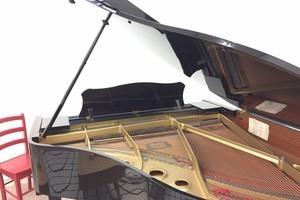 HGA ARTSTATION : グランドピアノ、多目的スペースの会場写真