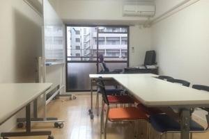 ビジネスサロン博多駅前 : レンタルルームの会場写真