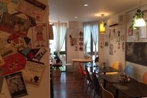 人気の高円寺駅から3分!カフェ内のオープンスペースですの写真