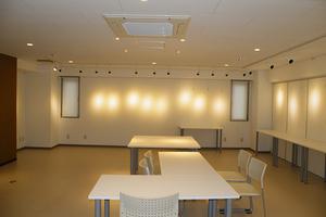 スペースコウヨウ : 3階貸しギャラリー 貸し会議室の会場写真
