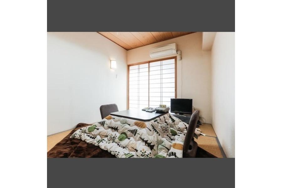 西早稲田和室・台所付スペース : 貸切の会場写真