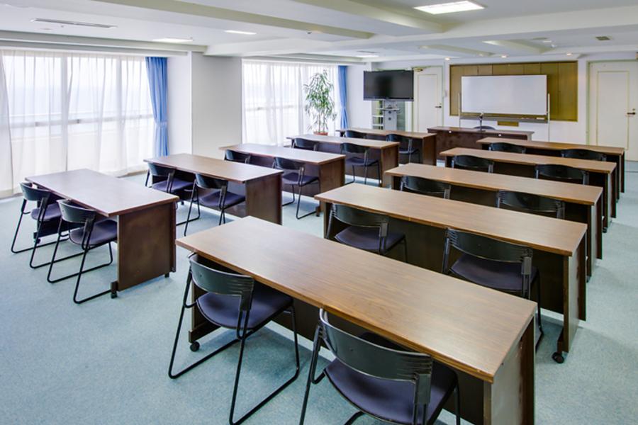 多目的スペース「マホロバ・マインズ三浦」 : 会議室A-1の会場写真