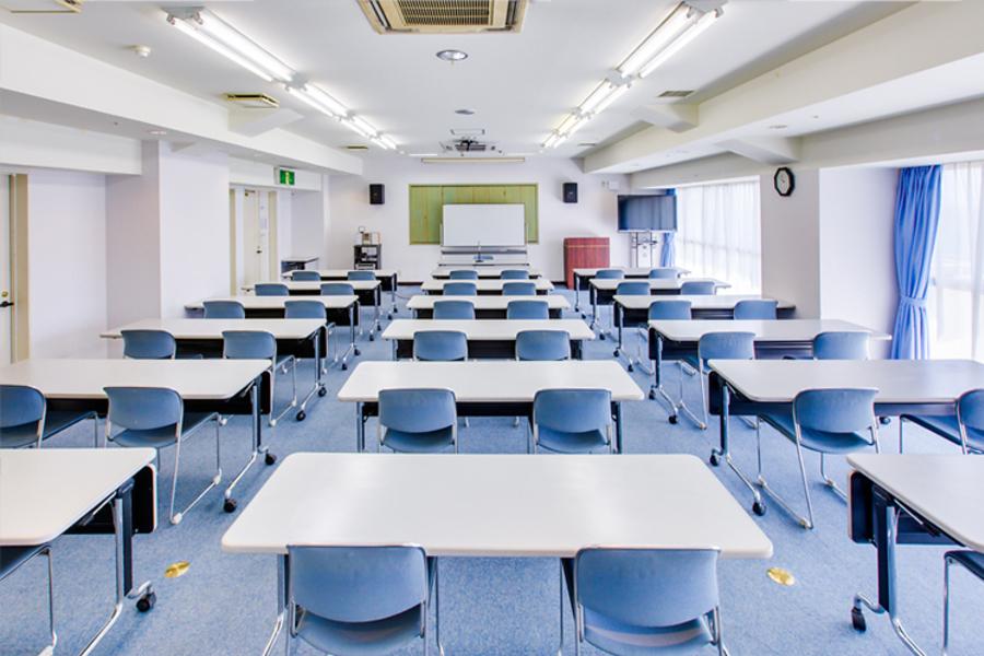 多目的スペース「マホロバ・マインズ三浦」 : 会議室Eの会場写真
