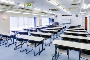 多目的スペース「マホロバ・マインズ三浦」: 会議室Fの会場写真