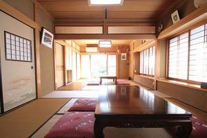 【湘南・江ノ島】海徒歩7分!大きな庭がある純和風の一軒家!会議・パーティー(21〜30名利用プラン)の写真