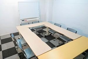 ザ・ギンザビル 貸し会議室 : 会議室(〜15名)の会場写真