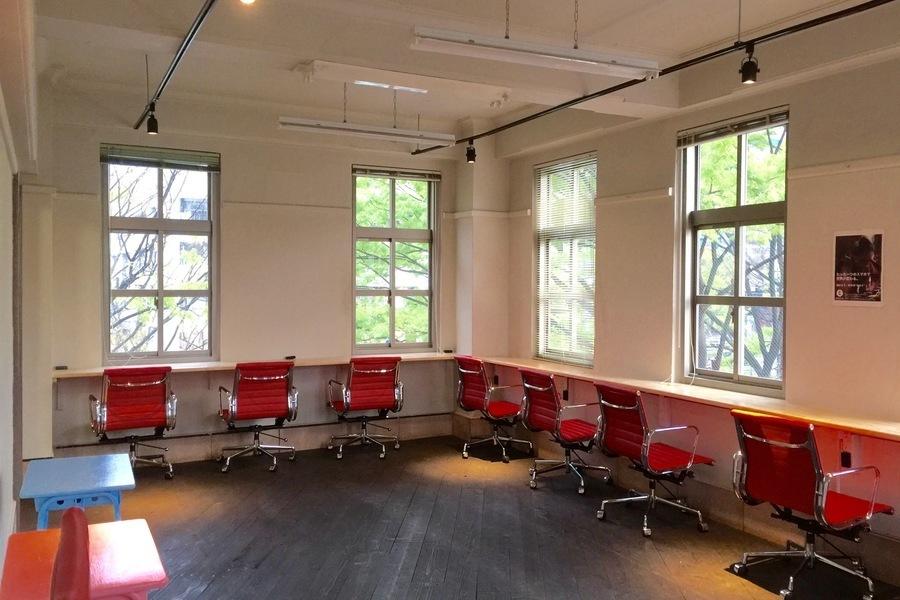 コワーキングスーペース イノベーション ピア・ワン : 全室貸切(イベントルーム、セミナールーム、廊下)の会場写真