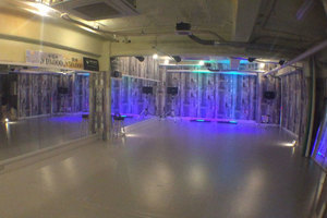 DREAM ENTERTAINMENT : 多目的スペースの会場写真