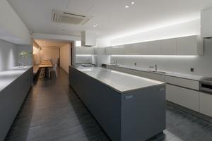 【四谷三丁目】設備が大充実のレンタルキッチンスタジオを貸切♪【最大50名収容可能】の写真