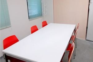 人気の小会議室!清潔さが女性にも大好評の写真