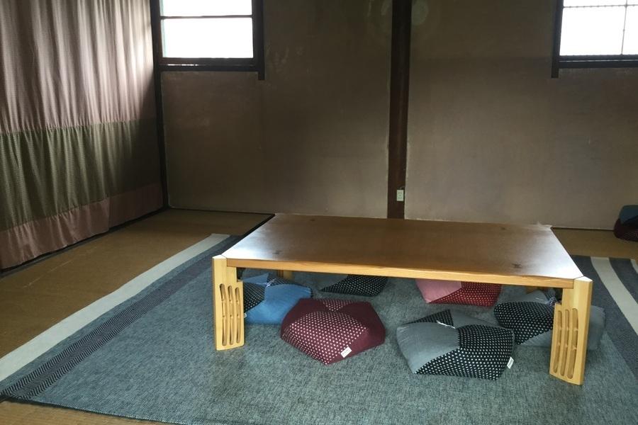 燕CAFEレンタルスペース : 2階和室 8畳の会場写真