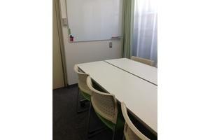 飯田橋駅から徒歩3分。500円~の格安会議室!の写真