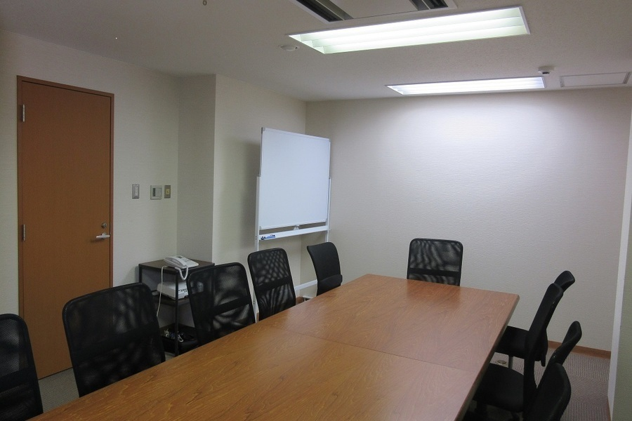 入谷・上野・鶯谷 貸し会議室 : 個室会議室(6階)の会場写真