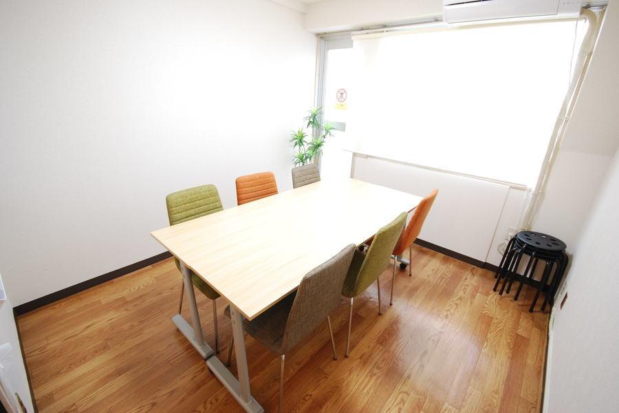 スマートスペース恵比寿 : 会議室の会場写真