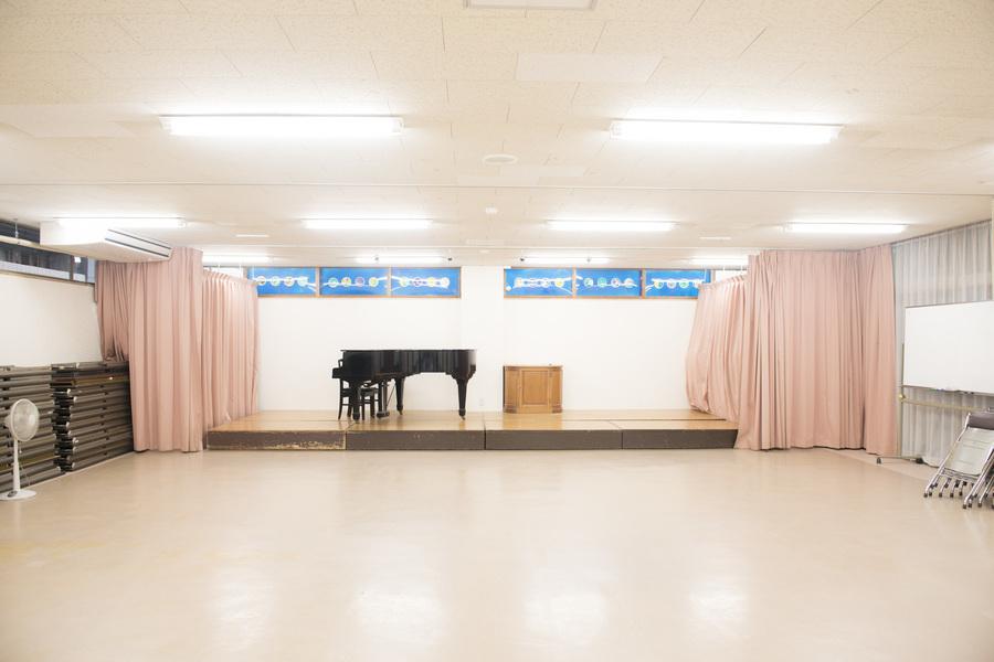京都YWCA : ホールの会場写真