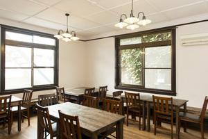 カフェスペースとして利用している部屋です。パーティーなどに。の写真