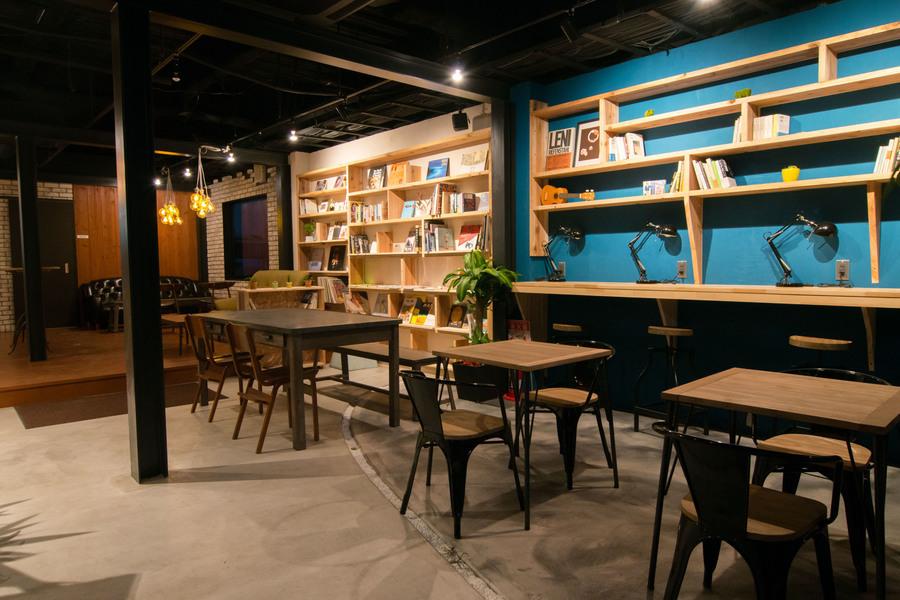 TONAGI Hostel & Cafe : カフェ・イベントスペースの会場写真