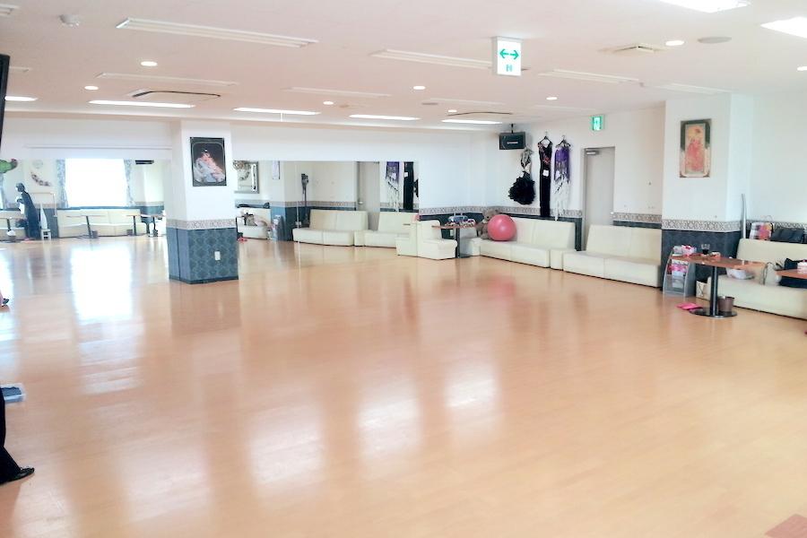 川越レンタルスタジオJJ : 30名用個室スタジオの会場写真