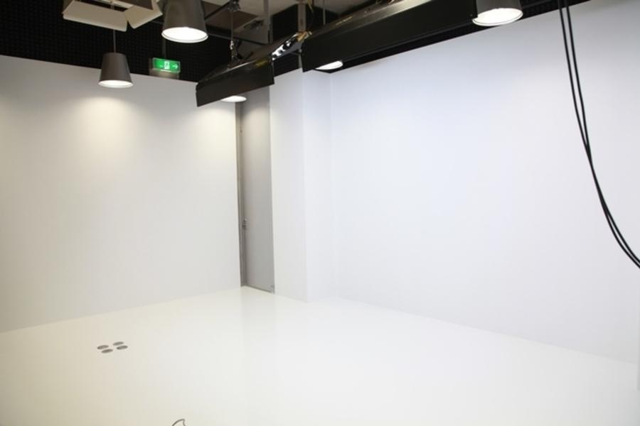 【六本木・西麻布】MONSTER STUDIO : 撮影スタジオの会場写真
